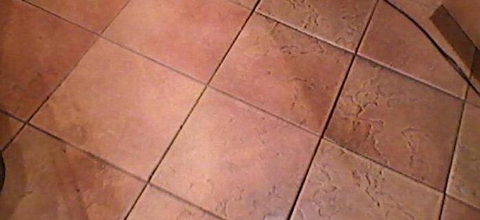 Feinsteinzeugboden reinigen
