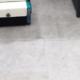 Feinsteinzeug maschinell reinigen